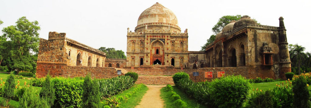 Lodi Gardens new delhi is a historical site with huge open park, great for history lesson and picnic