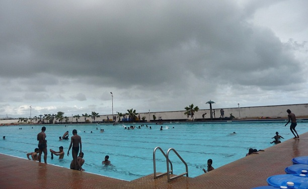 Marina swimming pool Chennai a public pool to cool and splash for children
