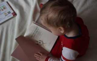 A complete guide to develop reading habits in your kids